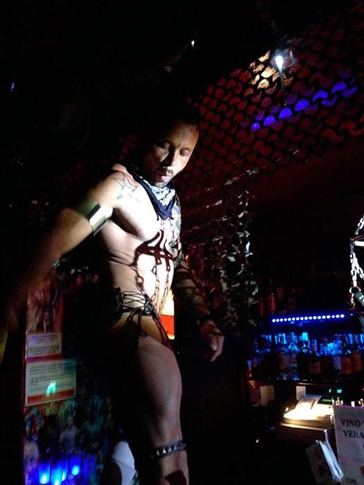 sex-bar-cruising-Valencia-Nuncadigono
